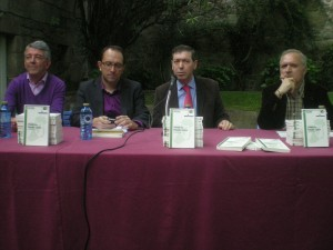 """11/05/2012 - En Cambados. Presentación do libro """"Irlanda en Plácido Castro"""" Coa participación de Anxo Lorenzo, Luís Aragunde, Xavier Senín e Xulio Ríos."""
